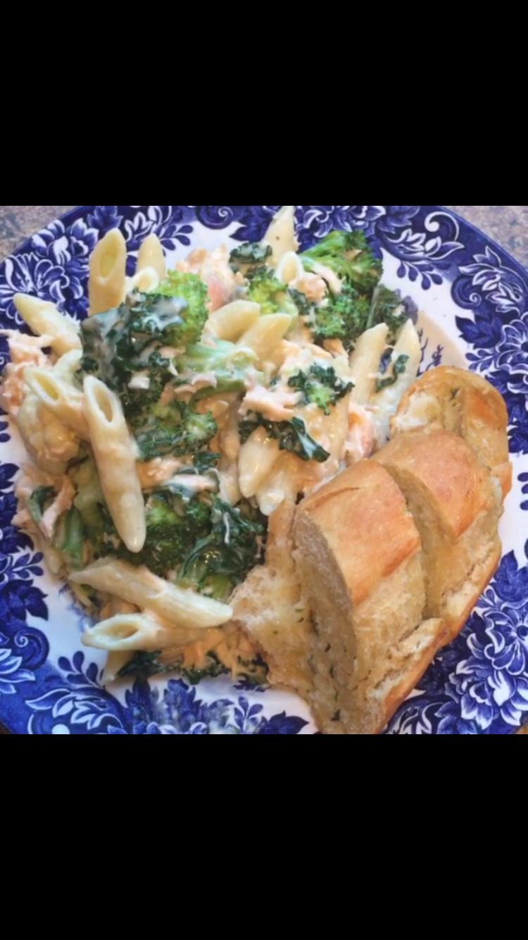Vegetable & Salmon Cheesy Pasta